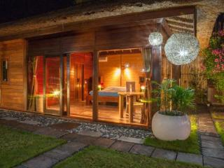 12 are Luxurious Private Canggu Villa with Garden - Canggu vacation rentals