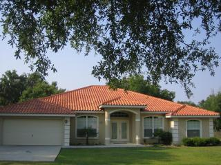 LUXURIOUS 4 BED/ 3 BATH VACATION VILLA - Inverness vacation rentals