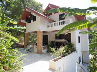Veerakit House - Sleeps 8-10! - Sao Hai vacation rentals