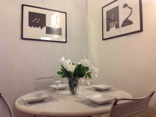 PANICALE APARTMENT - Florence vacation rentals