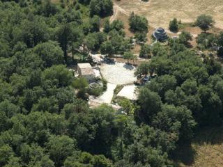 Stone House in Majella National Park Picchio rosso - Abbateggio vacation rentals