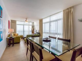 Casa Junior (302) - High Floor, Great Ocean Views, Newly Furnished - Cozumel vacation rentals