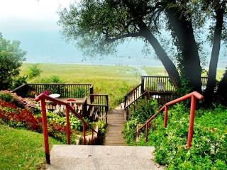 The Eagle - Weekly stays begin on Sunday - Southwest Michigan vacation rentals