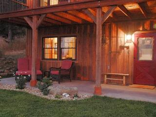 Nice House with Deck and Internet Access - McAllister vacation rentals