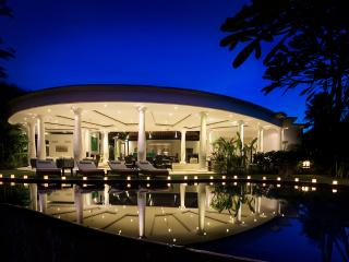 Uma Wana Prasta : Private luxury riverfront estate - Pererenan vacation rentals