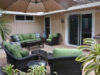 Family friendly house w/ hot tub walking distance - Kihei vacation rentals