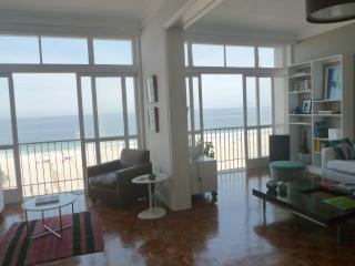 Beachfront apartment in Copacabana - Rio de Janeiro vacation rentals