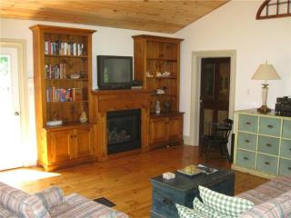 2 Bedroom Cottage @ Port Albert Inn and Cottages - Goderich vacation rentals