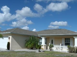 Villa Josefina Cape Coral FL,  3/2  heated Pool - Cape Coral vacation rentals