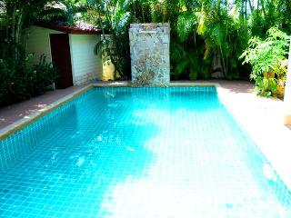 2 BR - Private pool big huge villa in Naiharn - Saraburi Province vacation rentals