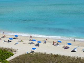 Two Bedroom Master, Bldg right on the Ocean!* - Miami Beach vacation rentals