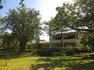 fantastic beach front house n pool in Kenya South Coast Diani - Lucca vacation rentals