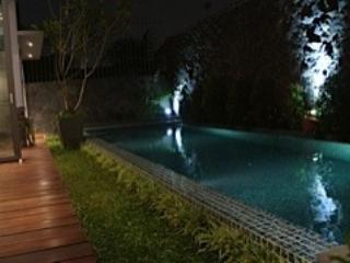 POOL 12 X 3 METER - A DREAM ULTRA MODERN HOME JAKARTA - Jakarta - rentals