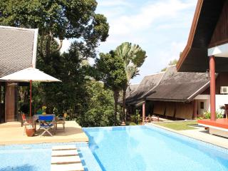 De Chom 4 bedroom villa with private pool - Takua Thung vacation rentals