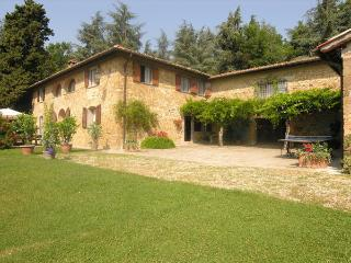 7 bedroom Villa in Grezzano, Tuscany, Italy : ref 2268222 - Luco Mugello vacation rentals