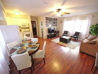 Clean, spacious 1b/1b near LAX and Manhattan Beach - Hawthorne vacation rentals