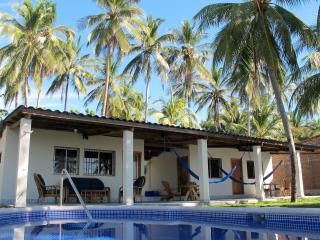 2 BR - Quiet Oceanfront Villa (Playa El Majagüe) - Jucuaran vacation rentals