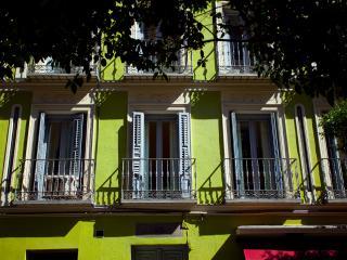 Lovely Bright Malasaña Apartment - Madrid vacation rentals
