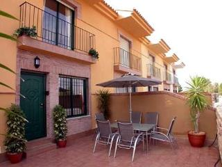 Murcia Spain - Luxury Townhouse Air Con, Free Wi-fi, Pool and in walking distance to the beach. - Region of Murcia vacation rentals