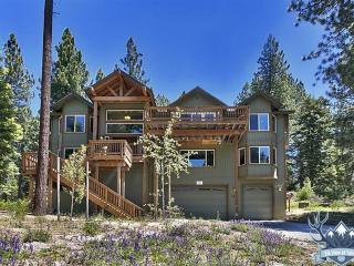 Awesome 6-br Luxury Home, 3400 Sq Ft, Hot Tub - South Lake Tahoe vacation rentals