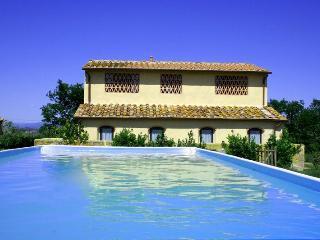 San Casciano In Val Di Pesa - 15686002 - San Casciano in Val di Pesa vacation rentals