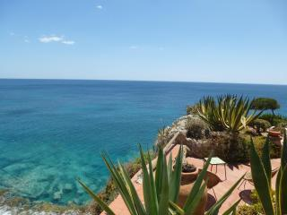 Lo Scoglio, stunning cliff of Fontane Bianche - Syracuse vacation rentals