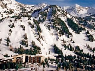 2 Bedroom with Living Room at Snowbird`s Cliff Club - Sandy vacation rentals
