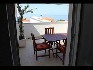 35082 A6(2+2) - Sumpetar - Sumpetar vacation rentals