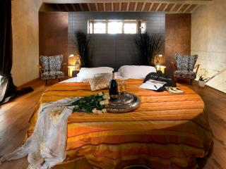 3Bedrooms home in Chianti, near Florence with pool - Rignano sull'Arno vacation rentals