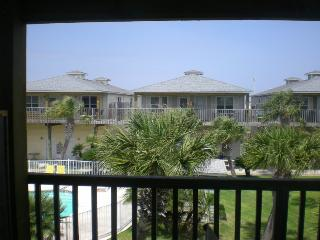 Condo #LP3B Immaculate 2BR2B W/large garage - Port Aransas vacation rentals