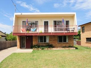 Retro Sands Beach House - Jervis Bay - Vincentia vacation rentals