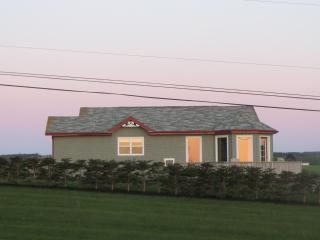 Perfect 2 bedroom Cottage in Rustico - Rustico vacation rentals