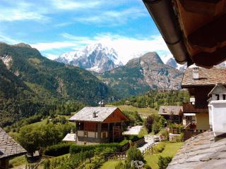 Courmayeur and Tour du Mont Blanc! - Courmayeur vacation rentals