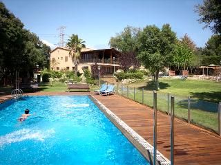 Marvelous estate in Matadepera, only 20km from Barcelona! - Matadepera vacation rentals