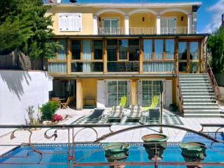 Five-bedroom villa in Vilassar de Mar, only 200m from the beach - Vilassar de Mar vacation rentals