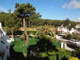 Mystical 3-bedroom condo for 6 people in Platja d'Aro, a quick 15-minute walk from the beach - Costa Brava vacation rentals
