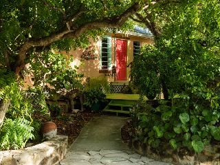 Artists Island home w/ yoga deck on GraceBayBeach - Providenciales vacation rentals