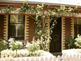 "Sth Melbourne ""Elegant Suite ""on edge of Melb CBD - Melbourne vacation rentals"