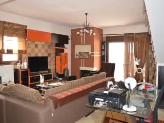 Bright 3 bedroom Vacation Rental in Thessaloniki - Thessaloniki vacation rentals