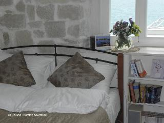 2 bedroom Condo with Internet Access in Kastel Stari - Kastel Stari vacation rentals