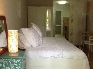 Garden Studio, Jewel-Off Brickell, WiFI - Olympia Heights vacation rentals