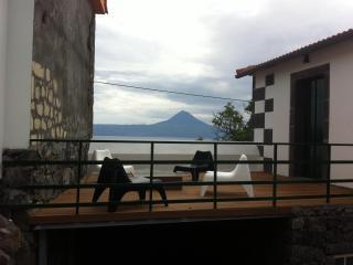 Casa da Ermida - S. Jorge, Açores - Albufeira vacation rentals