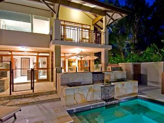 5 Star Luxury Villa 113 * Sea Temple Palm Cove - Palm Cove vacation rentals