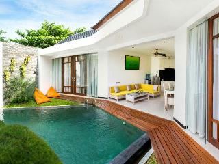 Beautifully designed 2 BR villa, 5 min to beach - Canggu vacation rentals