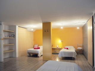 casa con 3 camere da letto indipendenti - Vicenza vacation rentals