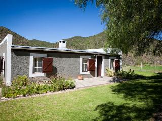Matjiesvlei Cottages: Middelplaas - Calitzdorp vacation rentals