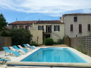 Bright 4 bedroom House in Servian with Internet Access - Servian vacation rentals