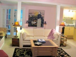Abbeys Executive Suite * Beautiful and Affordable - Charlevoix vacation rentals