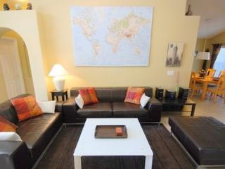 4 Bedroom Pool Home In Indian Creek In Kissimmee. 2667OL - Disney vacation rentals