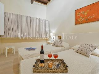 Penelope - Windows on Italy - Florence vacation rentals
